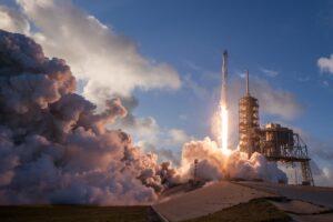 lançamento de um foguete chinês
